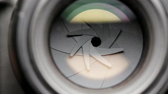 Thumbnail for Adjusting aperture on camera lens