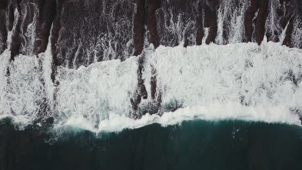 Thumbnail for Waves Breaking Over a Shallow Reef