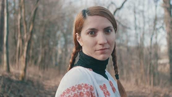 Rumänische Folk-Frau