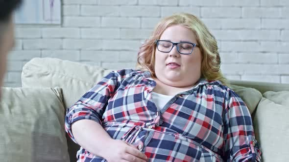 Thumbnail for Obese Woman Talking to Dietitian