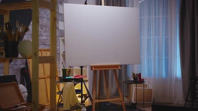 Retro Design of Art Studio