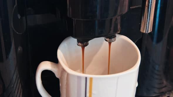 Thumbnail for Kaffee mit Espressomaschine
