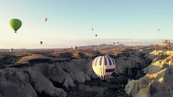 Cover Image for Balloons In Cappadocia 4