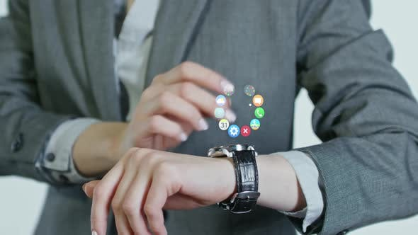 Messaging on Smart Watches