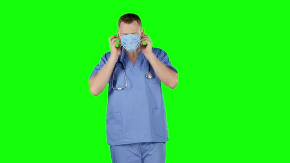 Cover Image for Doctor Puts a Medical Bandage on Face. Green Screen
